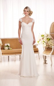 Essense of Australia Style 568876
