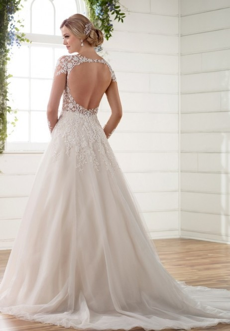 Essense of Australia Style 568895