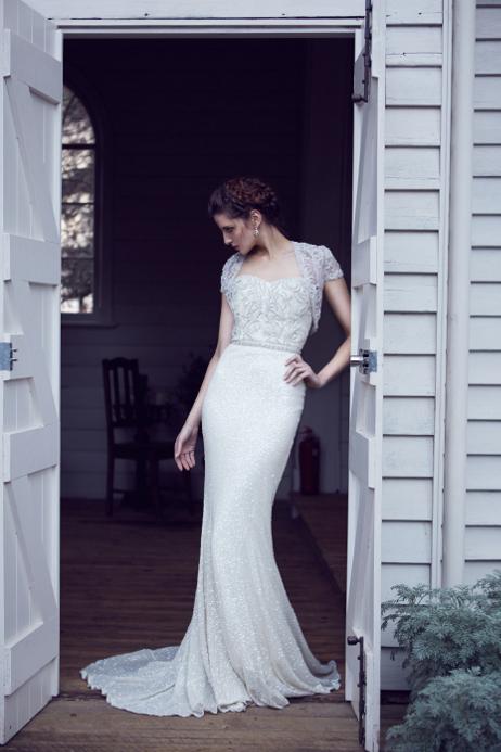 Karen Willis Holmes Style 688802