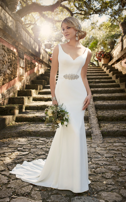 Essense of Australia Style 568874