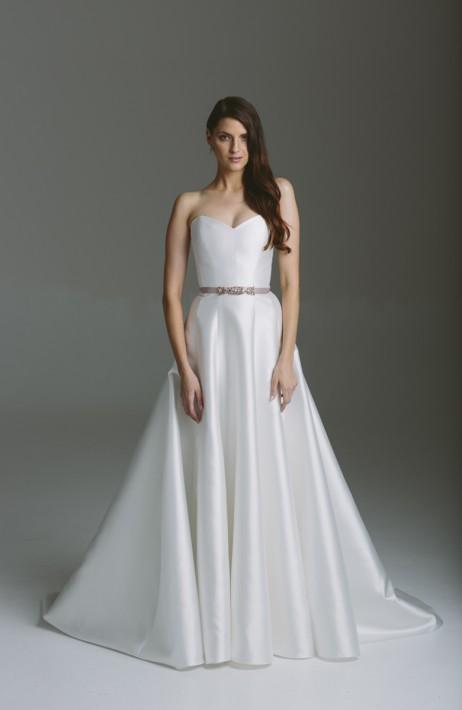 Karen Willis Holmes Style 688825