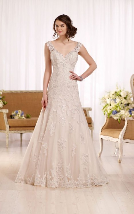 Essense of Australia Style 568887