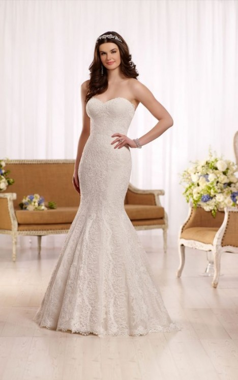 Essense of Australia Style 568886