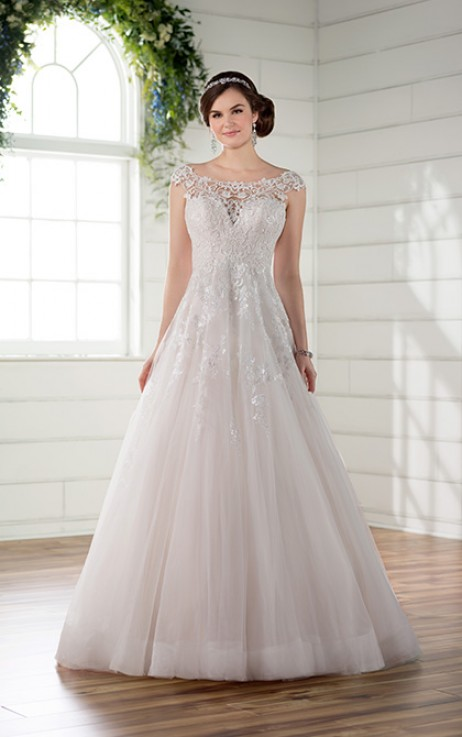 Essense of Australia Style 568896