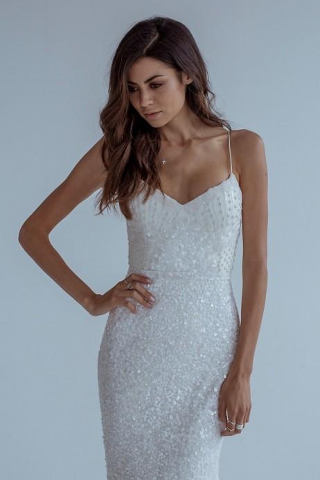 Karen Willis Holmes Style 688828