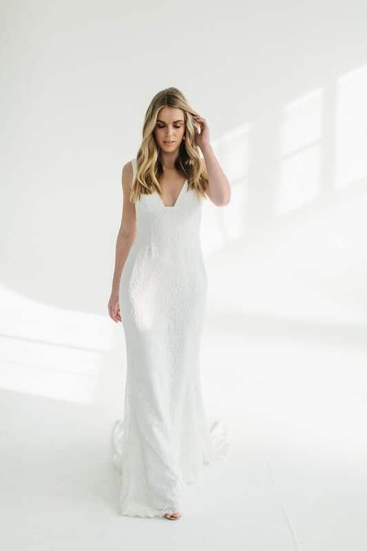 Karen Willis Holmes Style 688865