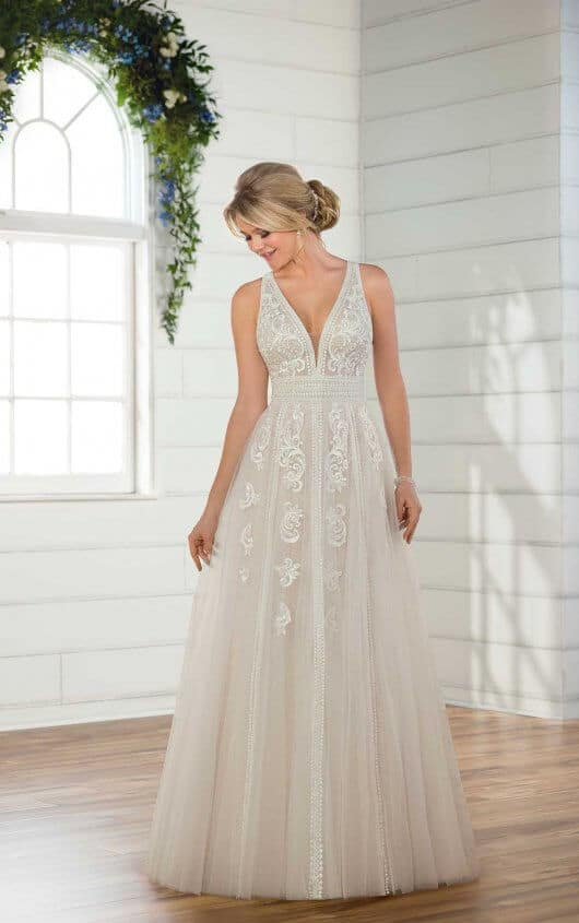 Essense of Australia Style 568927