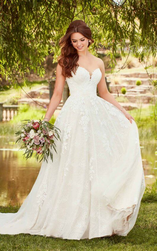 Essense of Australia Style 568933