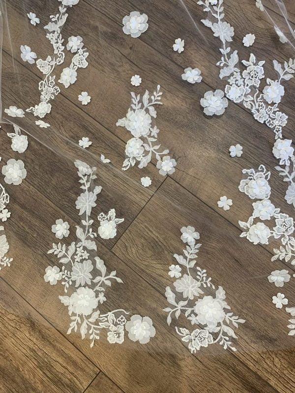Martina Liana 3D Veil